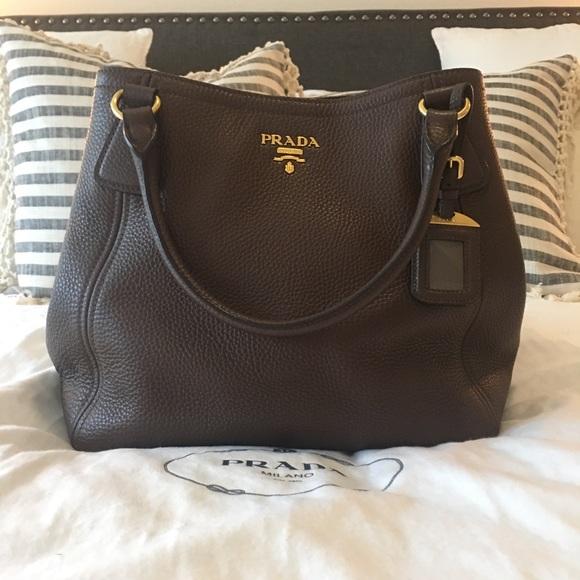054e6af6b871 Prada Bags | Vitello Daino Leather Tote | Poshmark
